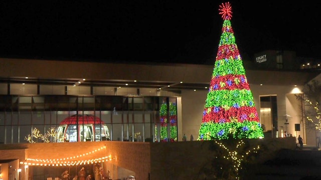 Christmas City USA - Candela Tree & Fountain Show