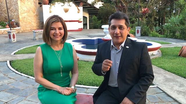 Oscar Venegas Entrevista a Erica Castaneda