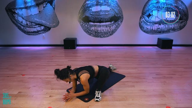 8-minute Deep Stretch w/Maria