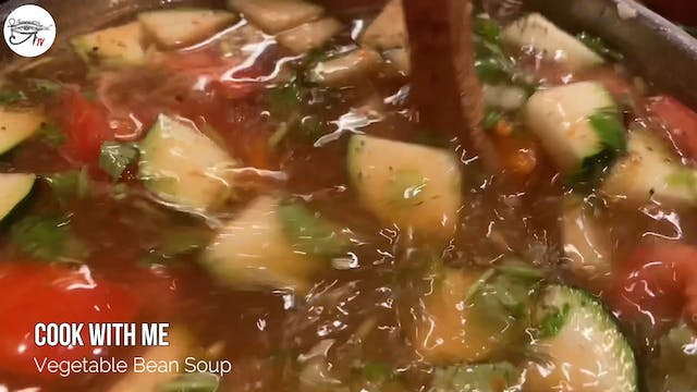 Angelee Cooks - Vegetable Bean Soup