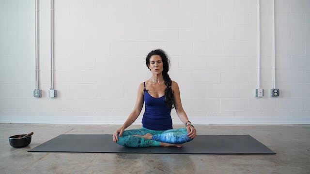 15 Minute Gentle Yoga Flow with Loni