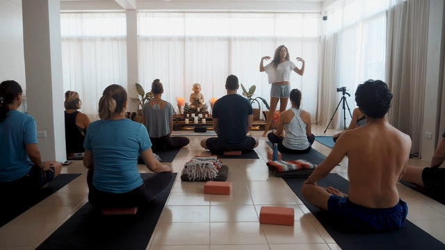 Hatha Flow with Gloria Medellin Yoga Dicha