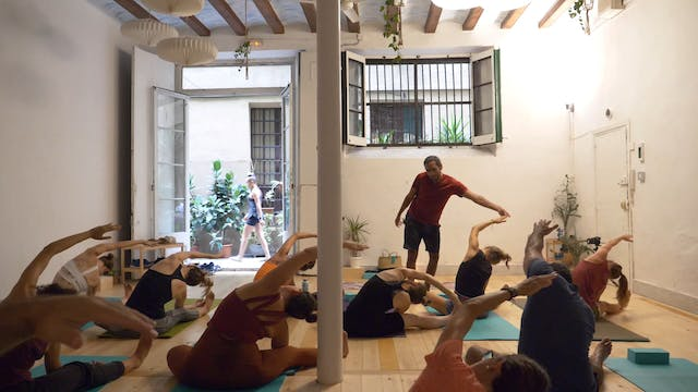 Alexandro Power Yoga