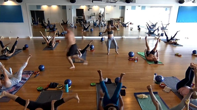 Core with Carisa Reyes Yoga Joint Fort Lauderdale