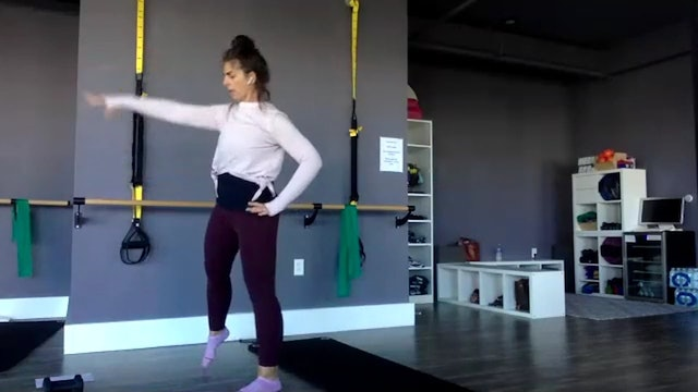 Barre with Lynette 11_8