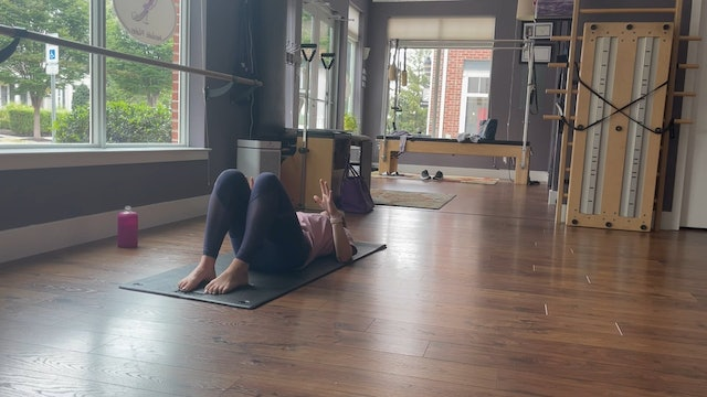 Quick Classical Mat Pilates with Allison