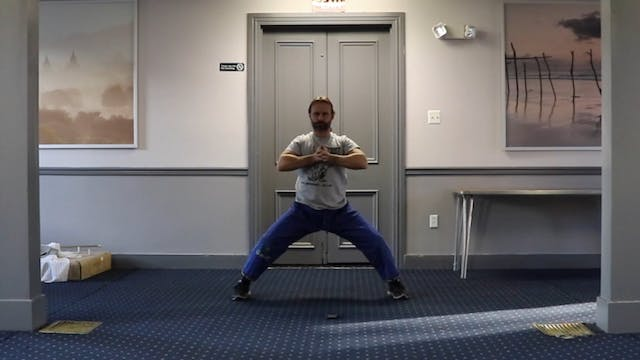 5 Minute Workout (Level 5): Knee Stre...