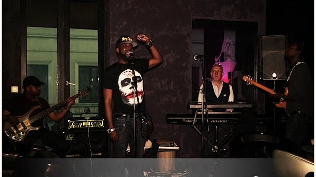 «Esclave» Papa Wemba, cover CHABRWON LE MAHA @BXLacousticVibe