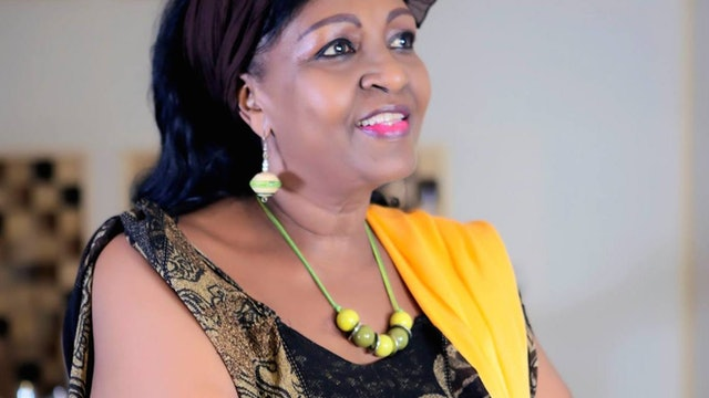 CÉCILE KAYIREBWA @BXLacousticVibe