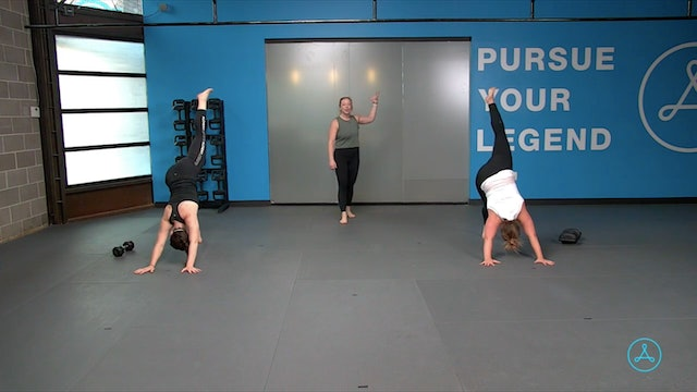 30-Minute Strength with Coach Hali (121420)