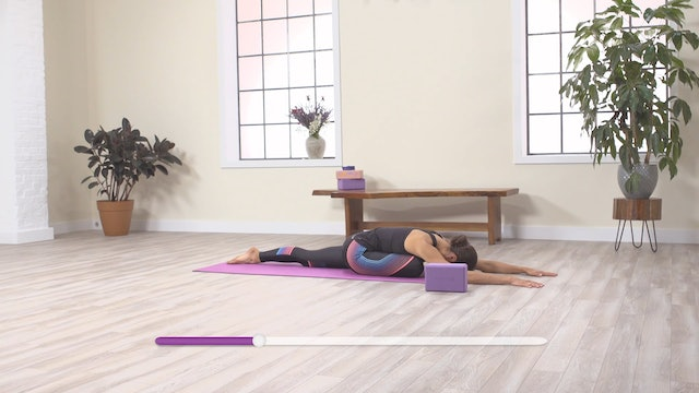 With Yoga: Hips & Abs