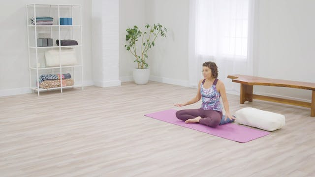 Easy Yoga: Yoga for Calm