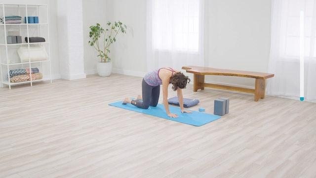 Easy Yoga: Yoga for Energy