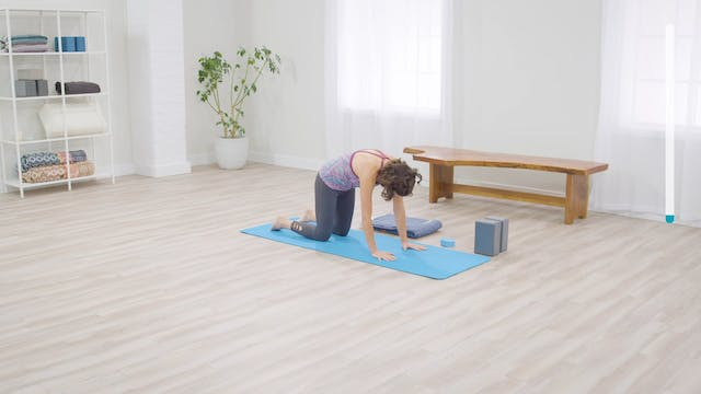 Easy Yoga: Yoga for Energy