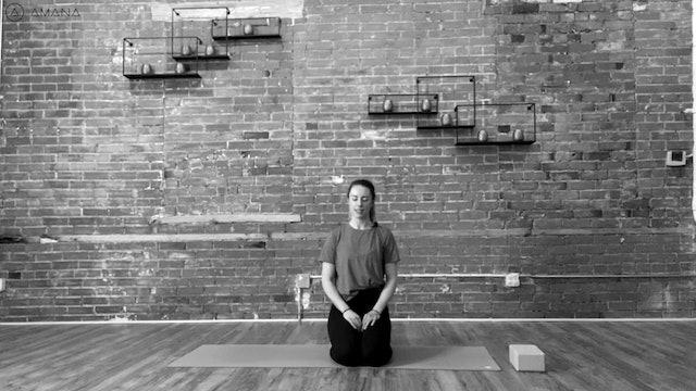 7 Chakra Flow and Meditation with Alia