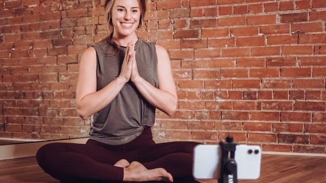 Amana Yoga 200-Hour Yoga Teacher Training