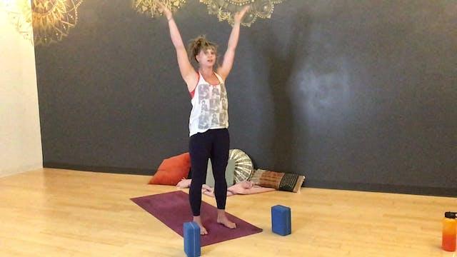 Handstands and Splits with Natasha Wi...