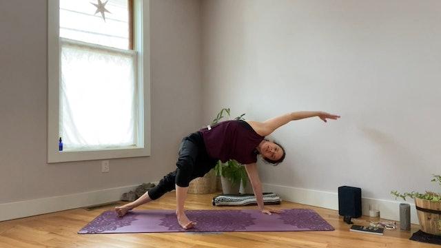 Side Plank & Side Body Flow
