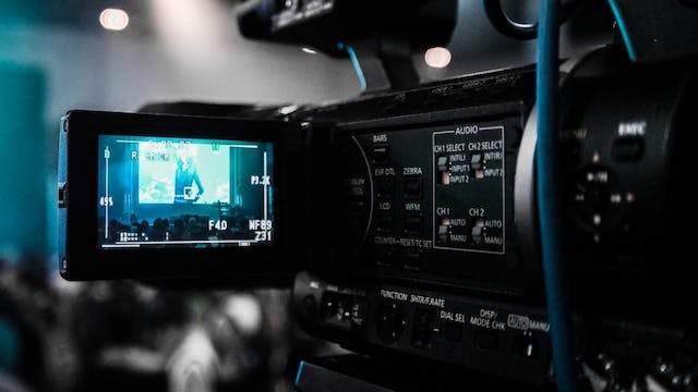 How To Boost Business Using Live Video