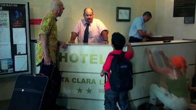 8. El Hotel