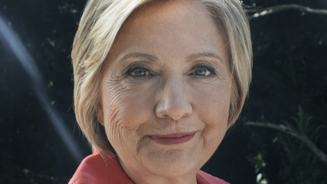 HILLARY CLINTON SECRETLY RUNNING FOR PRESIDENT OF THE UNITED STATES!! THIS IS...