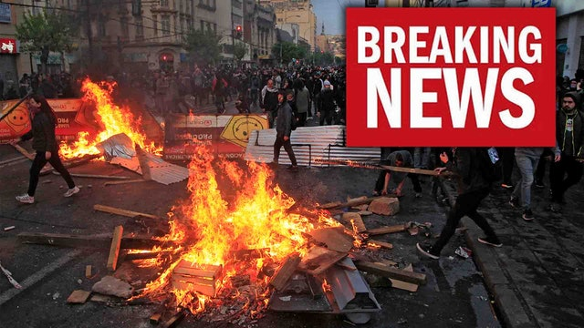 EMERGENCY!! GOVERNMENTS COLLAPSING WORLDWIDE!! MILLIONS TAKE TO STREETS!!