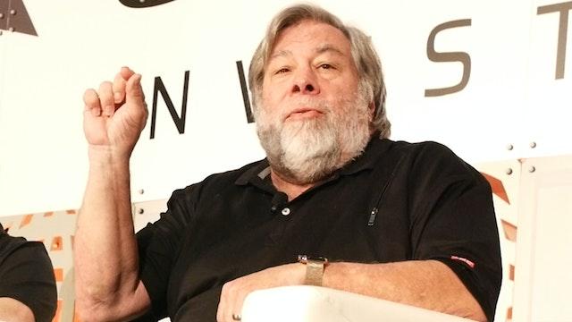 Steve Wozniak Co-Founder of Apple Explains the Future of Blockchain