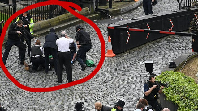 BREAKING! TERROR AT PARLIAMENT... COP STABBED, PEDESTRIANS SLAUGHTERED