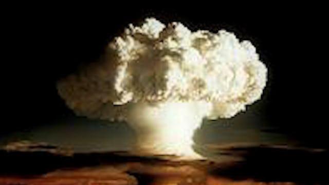 IRAN ATTACKED!! ISRAEL BOMBS IRANIAN AIRBASE WW3 SYRIA!