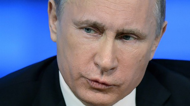 Putin to Cut Undersea Cables and Dest...