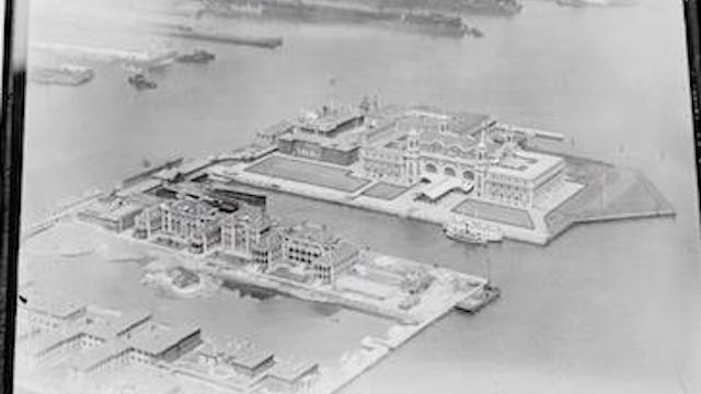 Myth: Ellis Island Name Changes