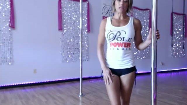 Beginner:  Swing & Knee Hook Dance Turn