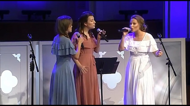 Down to the River to Pray (LIVE at FBC Dallas) | Foto Sisters
