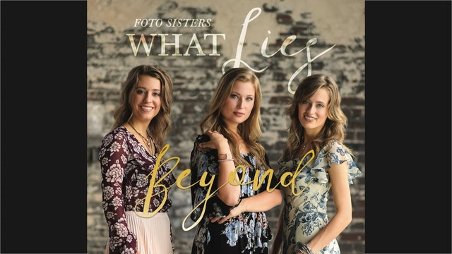 Foto Sisters: What Lies Beyond / Album