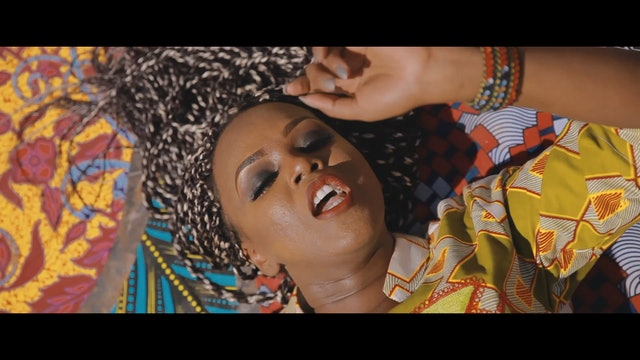 Safiath - Africa ( Clip Officiel by Mr luuf )_13
