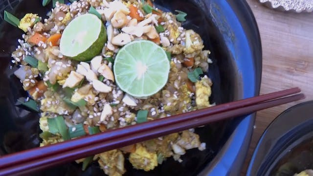 Cauliflower Fried Rice - Low-Carb Recipe