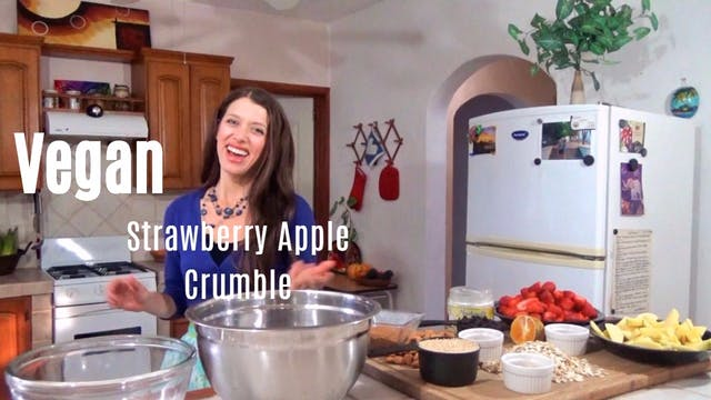 Homemade Strawberry Apple Crumble [Ve...