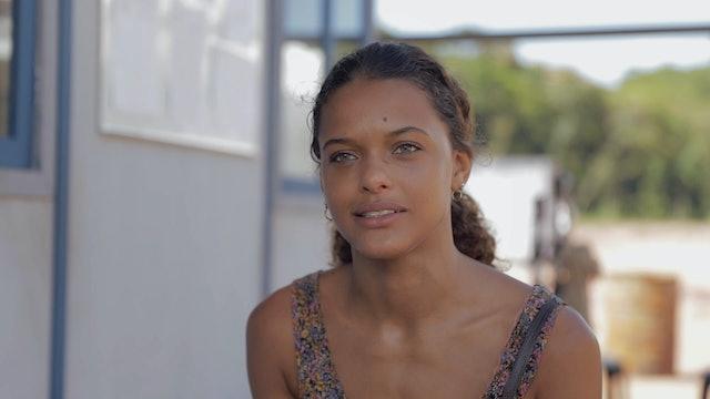 Interview - Thainá Duarte - Clara
