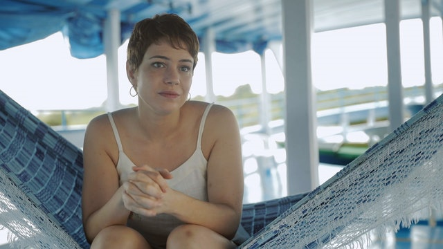 Interview - Leandra Leal - Luiza
