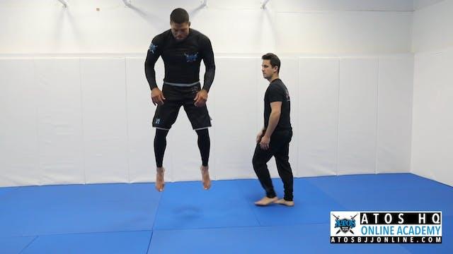 Squat jump + hip triangle