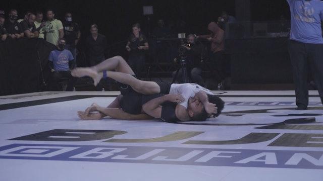 Watch The Hulk Getting The Sub During GP BJJ BET II - Semi Finals