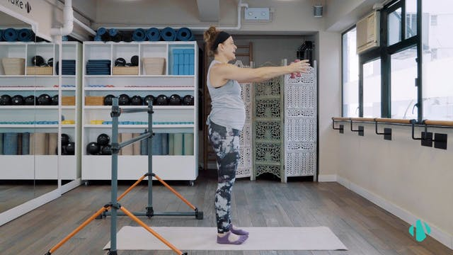 Full Body Barre 2 Barre Mama with Hayley - 60 mins
