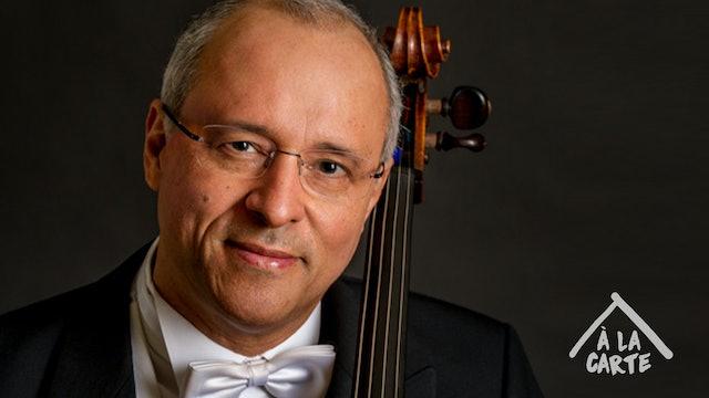 Antonio Meneses -  a câmera e violoncelo