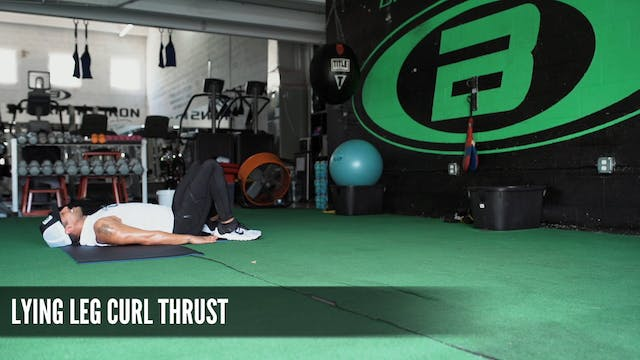 06 Lying Leg Curls Thrust