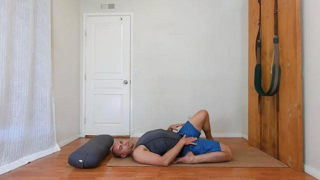 Yoga for Stiff Hips (part 2) / Elia N...
