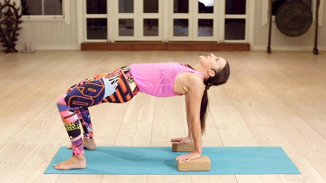 Yoga HIIT Conditioning 2 / Mia Jokini...