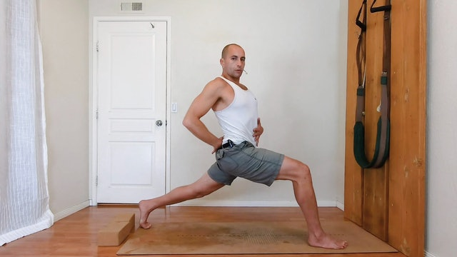 Yoga for better posture / Yoga therapy / Elia N. / 35 min.