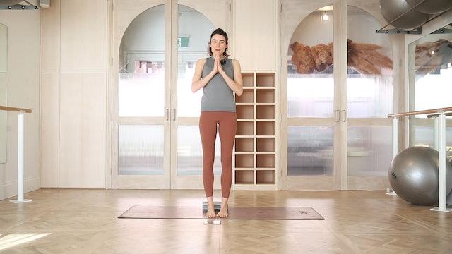16 Mins - Yoga - Yoga Brick (Prenatal)