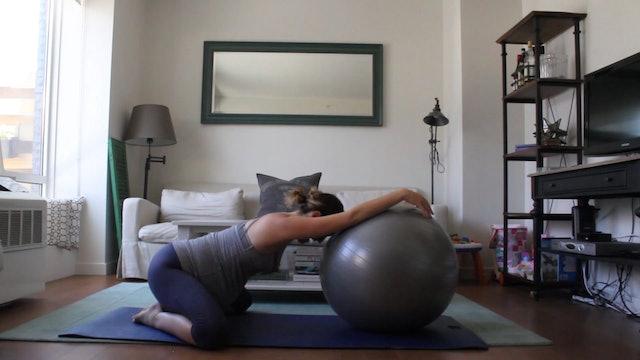 11 Mins - Stretch - Physio Ball (Prenatal)
