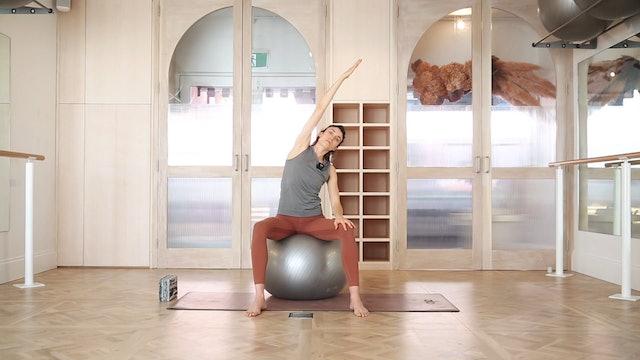 16 mins - Yoga - Physio Ball (Prenatal)